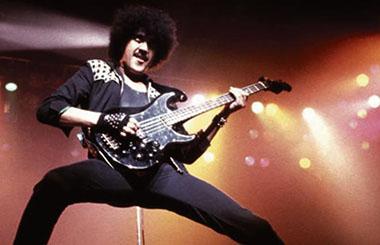 Phil-Lynott-of-Thin-Lizzy-008 p